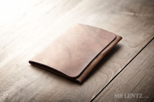 MR LENTZ minimal trifold wallet